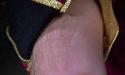 TNG season 1 admiral uniform - sleeves