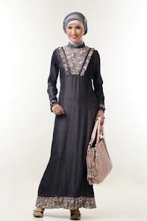Model gamis batik kombinasi untuk hangout