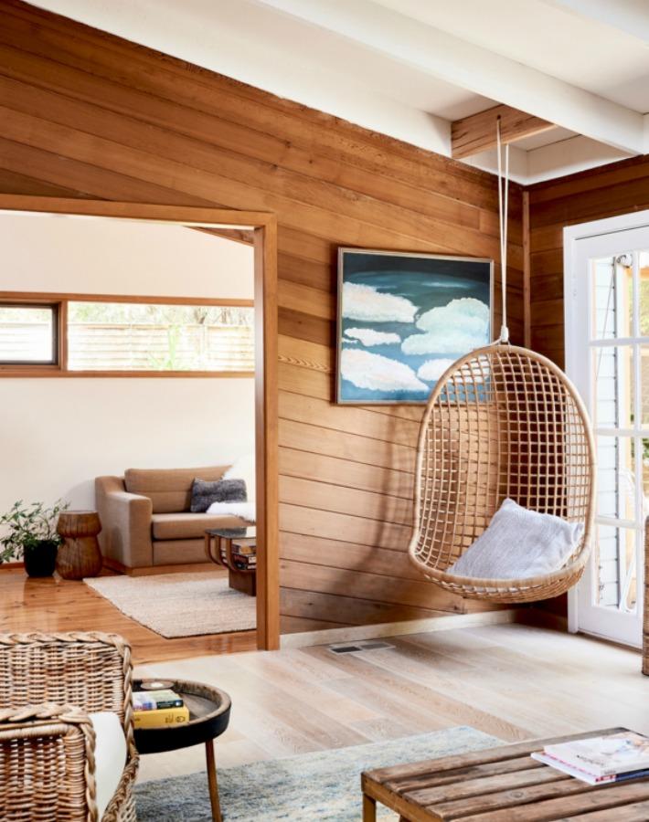Una casa en Australia con paneles de cedro