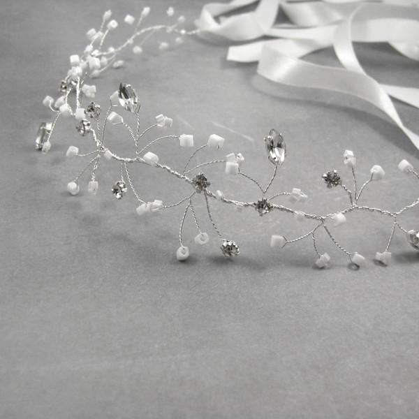 Gałązka ślubna - wypleciony wianek z kryształkami