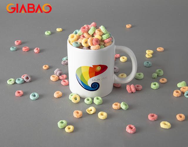 Hình ảnh sản phẩm ly sứ được in logo được nhiều người lựa chọn