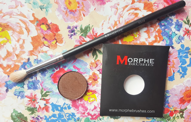Beauty | Morphe Brushes M514 Blender Brush & Granite Eyeshadow