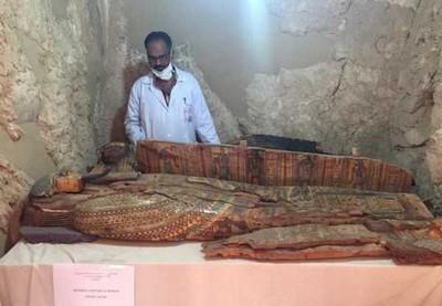 Egito descobre tumba de nobre de 3 mil anos