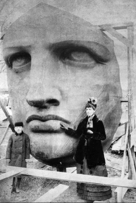 64 Historical Pictures you most likely haven't seen before. # 8 is a bit disturbing! - The Statue of Liberty before being sent to America