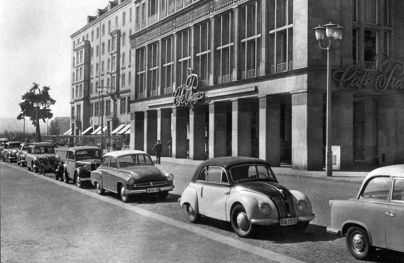 volkswagen maggiomodelli germania anni 60 70 citta 39 e maggiolini. Black Bedroom Furniture Sets. Home Design Ideas