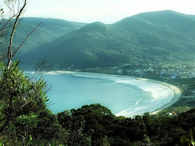 Pântano do Sul, em Florianópolis: início da trilha da Lagoinha