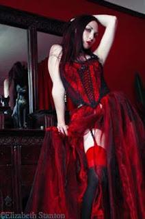 fetish goth,couro,lingerie,década,provocante,sensualidade