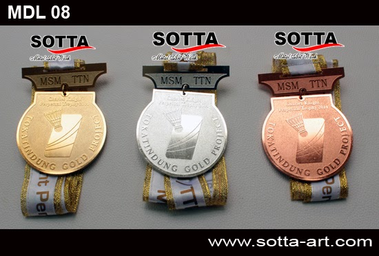 medali wisuda, medali wisuda jogja,medali, piagam, medali kejuaraan, medali penghargaan, award, piala, trophi, medali kuningan, medali emasa, medali perak, medali perunggu, membuat medali, menjual medali, medali di jogja, kerajinan kuningan jogja, medali yasanis, medali taekwondo, medali bergilir, piagam emas, piagam perak, membuat piagam