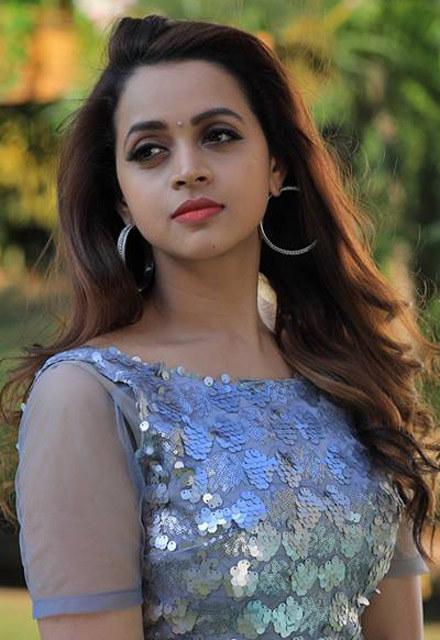 Actress malayalam bhavana pics