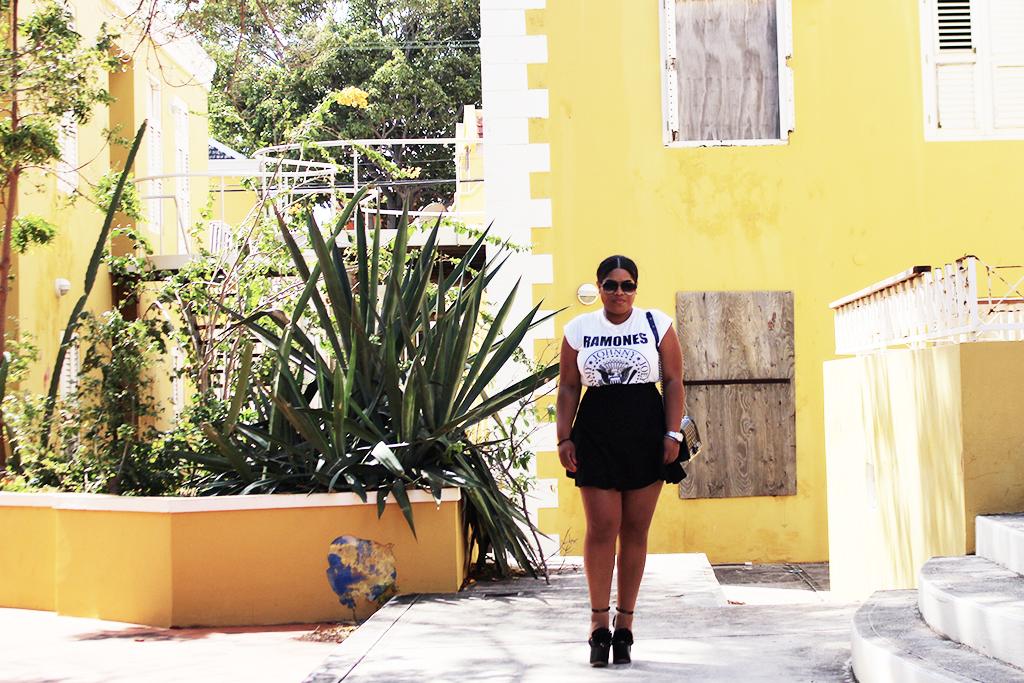 shana, asos, ebay, black blogger, fashion, quay australia, ramones, band tee, style, curacao, ydk, outfit