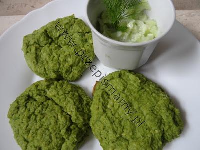Pieczone kotleciki z brokuła i kaszy jaglanej
