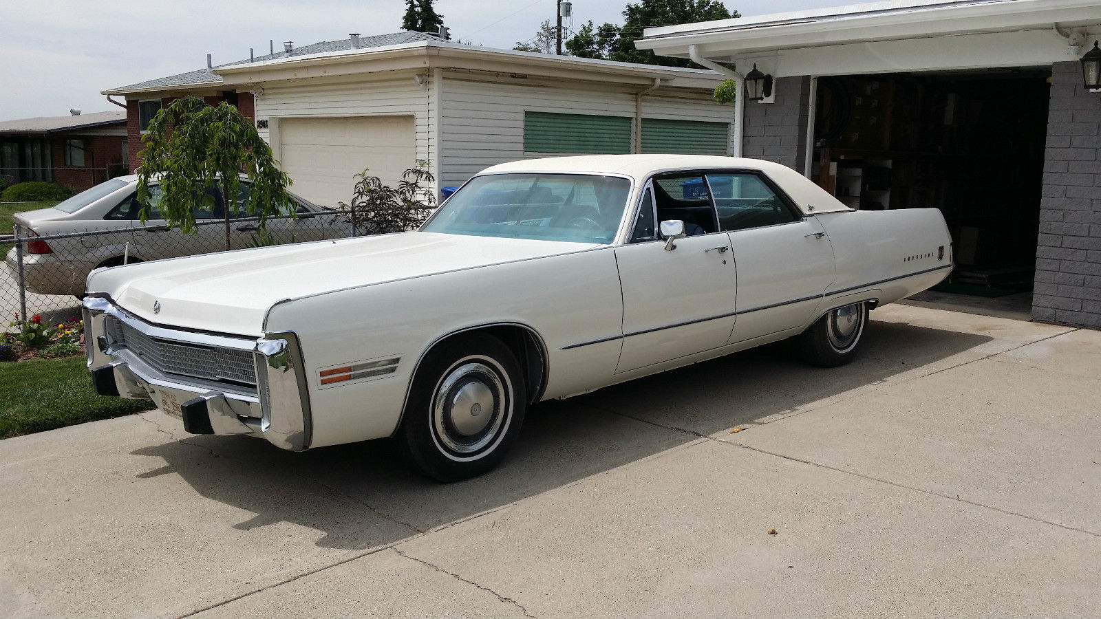 All American Classic Cars: 1973 Imperial Le Baron 4-Door