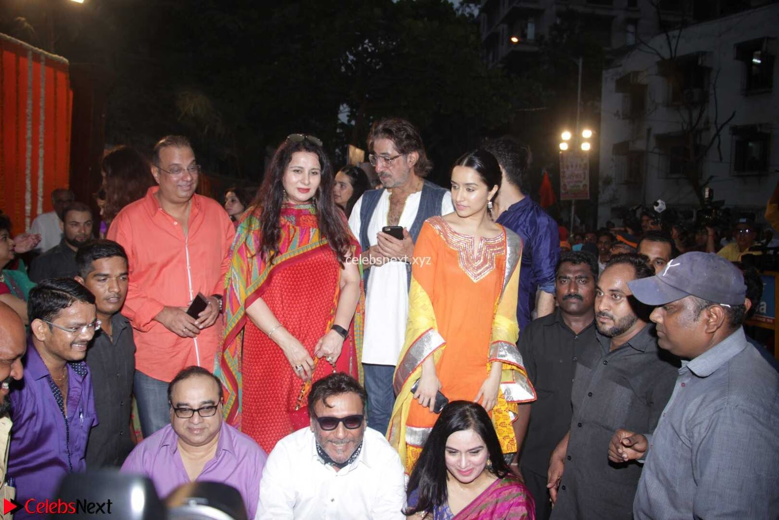 Sharadha Kapoor with Padmini Kolhapure and other Bollywood Celebs at Inauguration Of Pandit Padharinath Kolhapure Marg 28th March 2017
