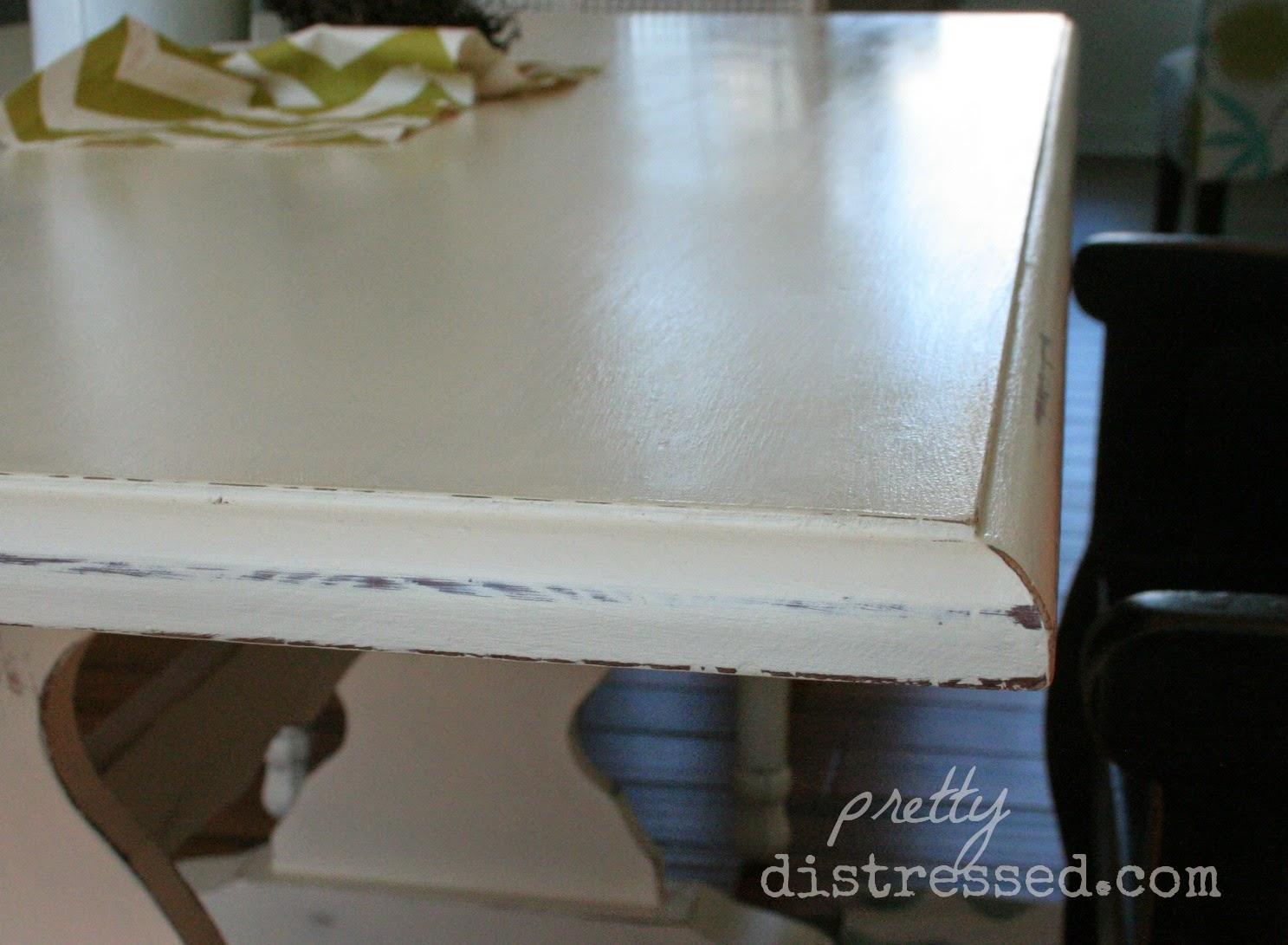 Pretty Distressed Using A Polycrylic Sealer With Chalk Paint 174
