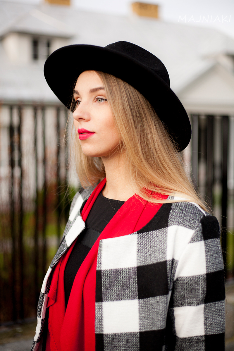 Black And White Checkered Collarless Coat from Shein