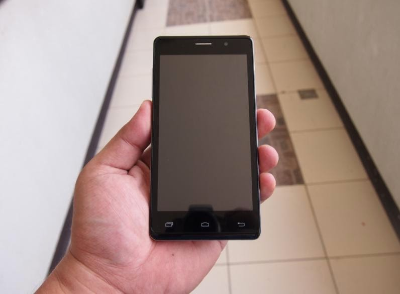 SKK Mobile Marian V1 Unboxing, Preview And Initial Impression