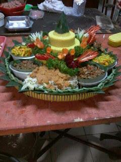Pesan Nasi Tumpeng Di Bukit Duri 085692092435