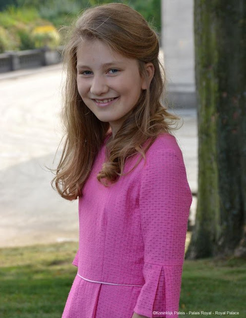 Crown Princess Elisabeth, (Elisabeth Theresia Maria Helena) the eldest daughter of King Philippe and Queen Mathilde of Belgium celebrated her 14th birthday today