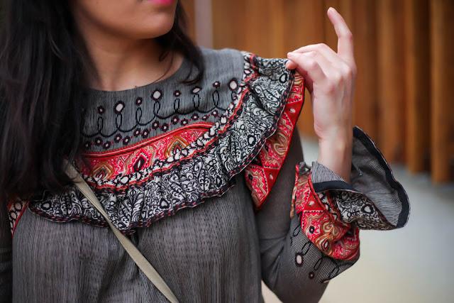 photo detail fronce blouse bohème