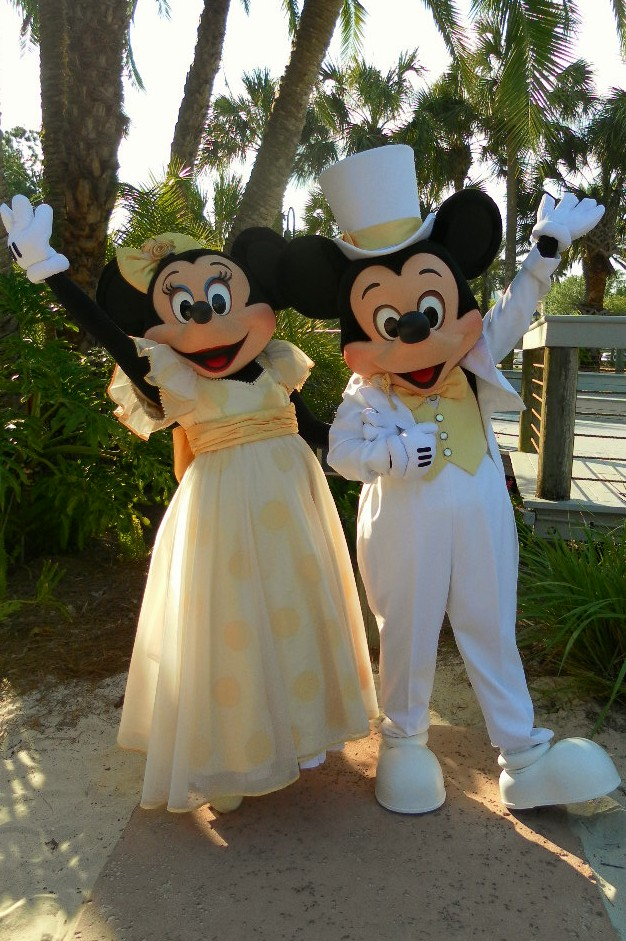 17 Best Images About Doors Windows On Pinterest: Unofficial Disney Character Hunting Guide: Easter Resort