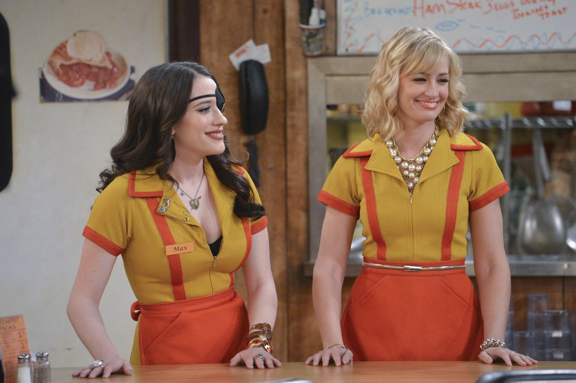 2 Broke Girls - Season 4 Episode 12: And the Knock Off Knockout