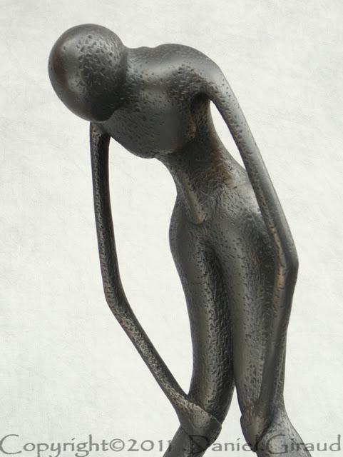 silhouette féminine au souffle court
