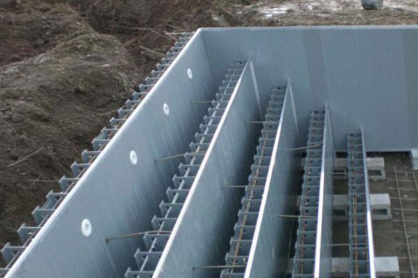 Construir una piscina en casa ideas para decorar for Como hacer una piscina de concreto