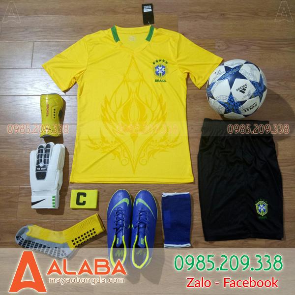 Áo Đội Tuyển Brazil Training 2018 Màu Vàng Đẹp