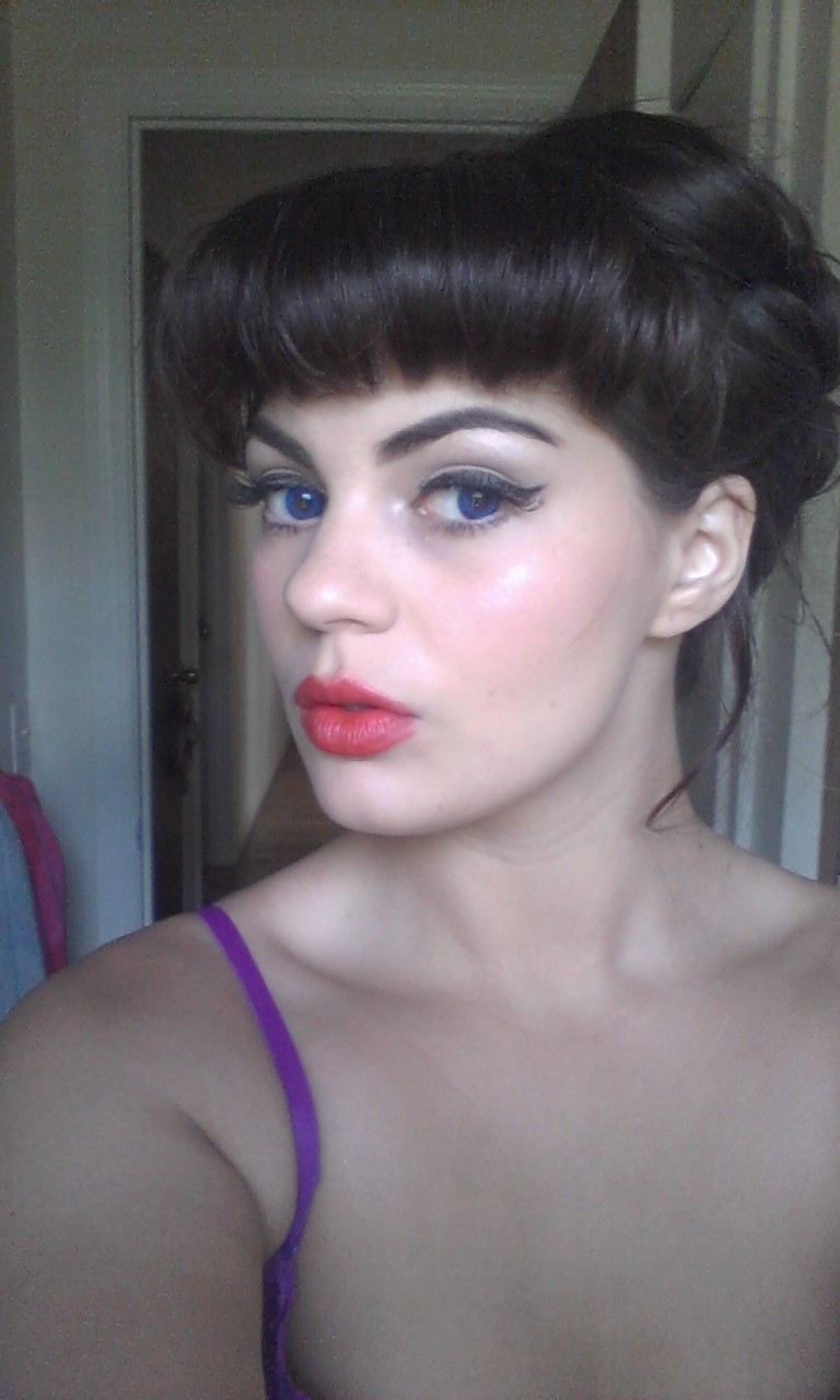 Use Your Words: Pin Up Wedding Makeup and Hair :)