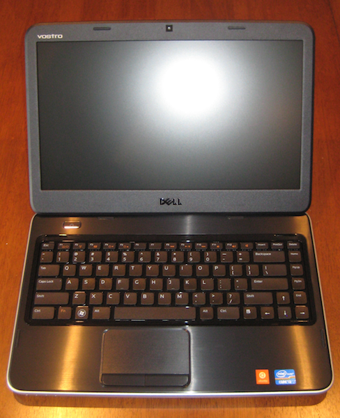 I code by the sea : Dell Vostro 2420 with Ubuntu 11 10