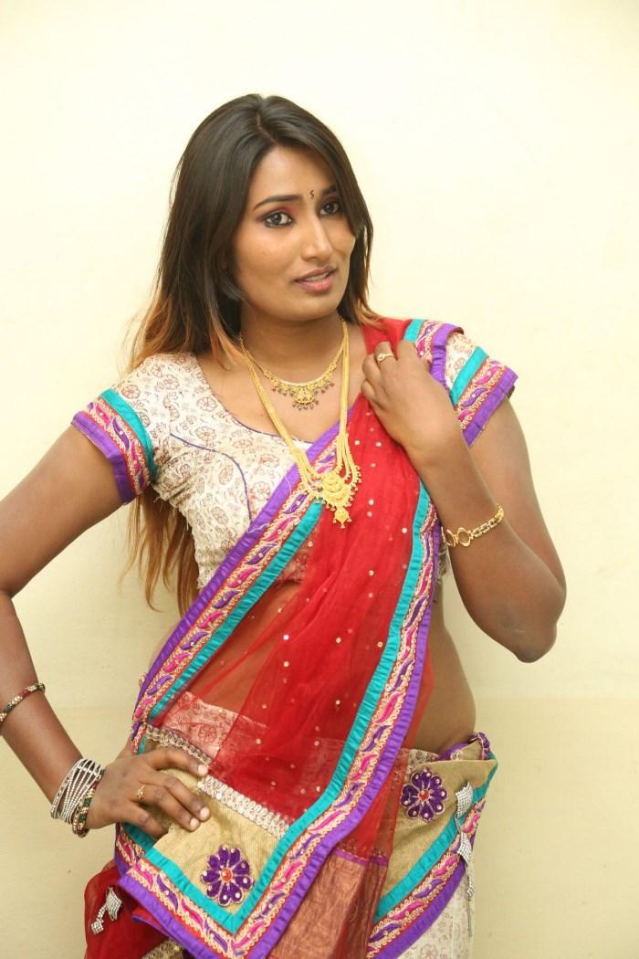 Telugu Actress Swathi Naidu Hot Photos and HD Wallpapers