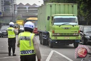 Pembatasan operasional truk