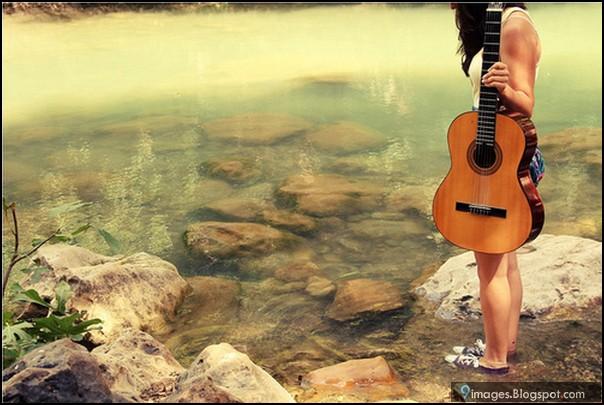 Sad Girl Eyes Wallpaper Alone Sad Girl Sea Guitar Sad Broken Heart