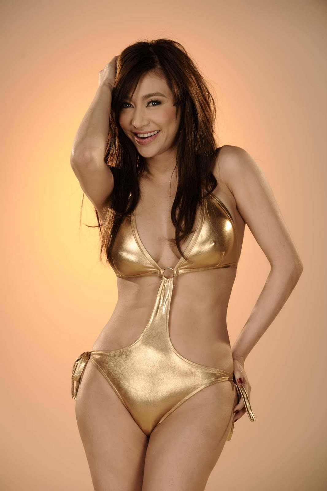 Rufa mae quinto is naked
