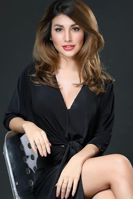 Hot and sexy photos of beautiful pinay hottie chick celebrity model Nathalie Hart photo highlights on Pinays Finest Sexy Photo Collection site.