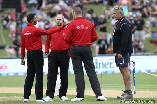 5-36pm: Left: Kumar Dharmasena, umpire; Right: head groundsman and wicket-preparation specialist Phil Stoyanoff - New Zealand Black Caps vs Australia 2nd ANZ ODI cricket at McLean Park, Napier. photograph