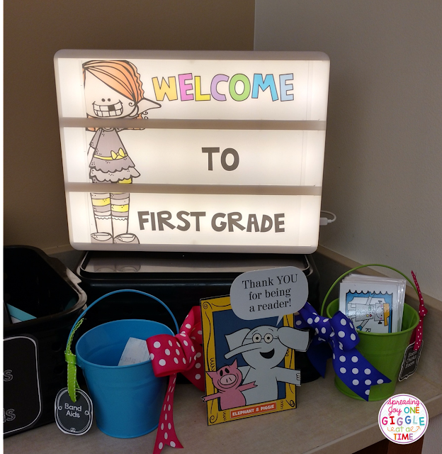 Check out this classroom reveal for classroom decor, tips, tricks, and ideas to use in your elementary classroom!