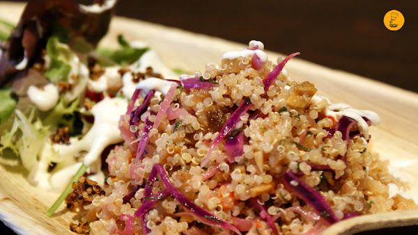 Ensalada de quinoa (6,5€) Sanguchón Madrid