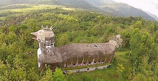 Igreja da galinha - esse é o templo mais estranho que você já viu