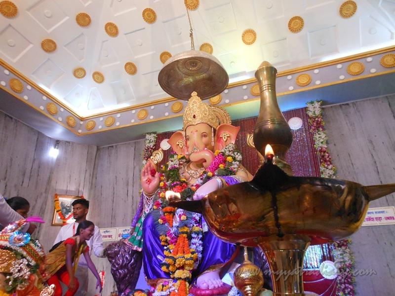 Life like Ganesha at Andhericha Raja Ganesha pandal, Mumbai