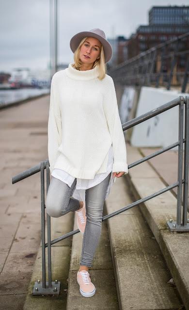 Rosa Vans im Outfit mit Grau und Weiß auf Modeblog Fleur et Fatale