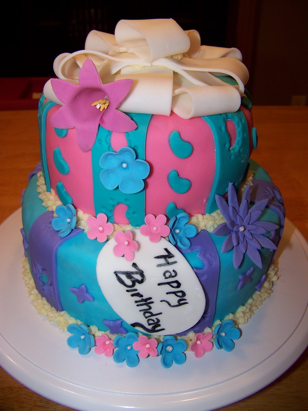 Nina's Cake Design: June 2011