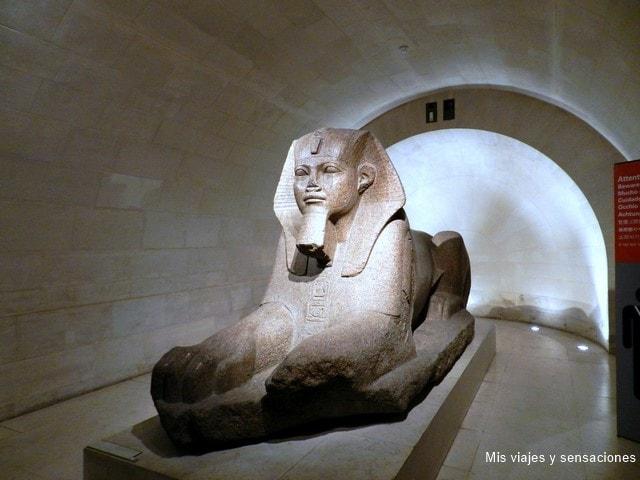 Esfinge de Tanis, Museo del Louvre, París