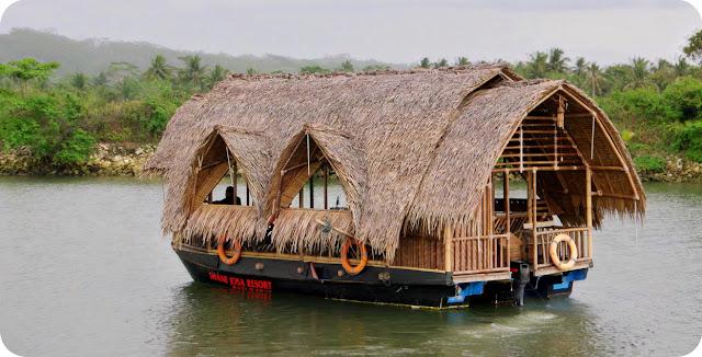 Perahu Shane Josa Batu Karas Pangandaran