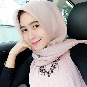 Kumpulan Selebgram Hijab Cantik Dan Anggun