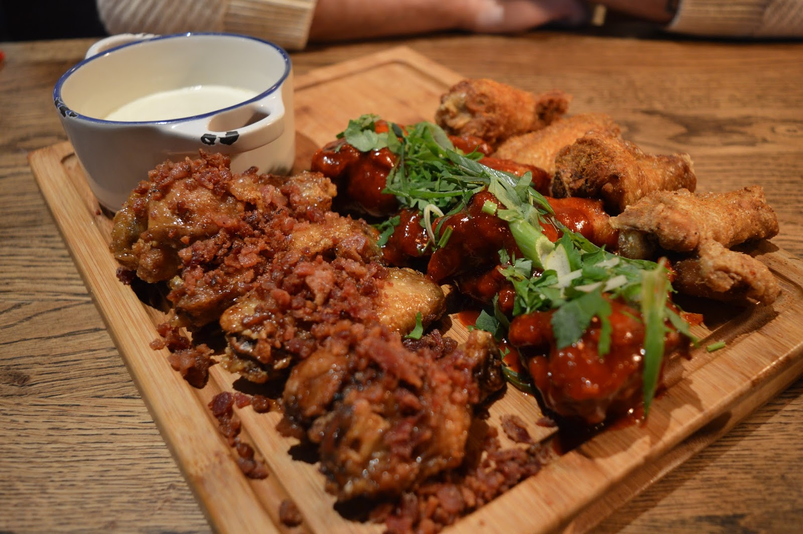 Red Dog Saloon Southampton Review, chicken wings, food blogger Hampshire, UK food blogs, Dalry Rose Blog