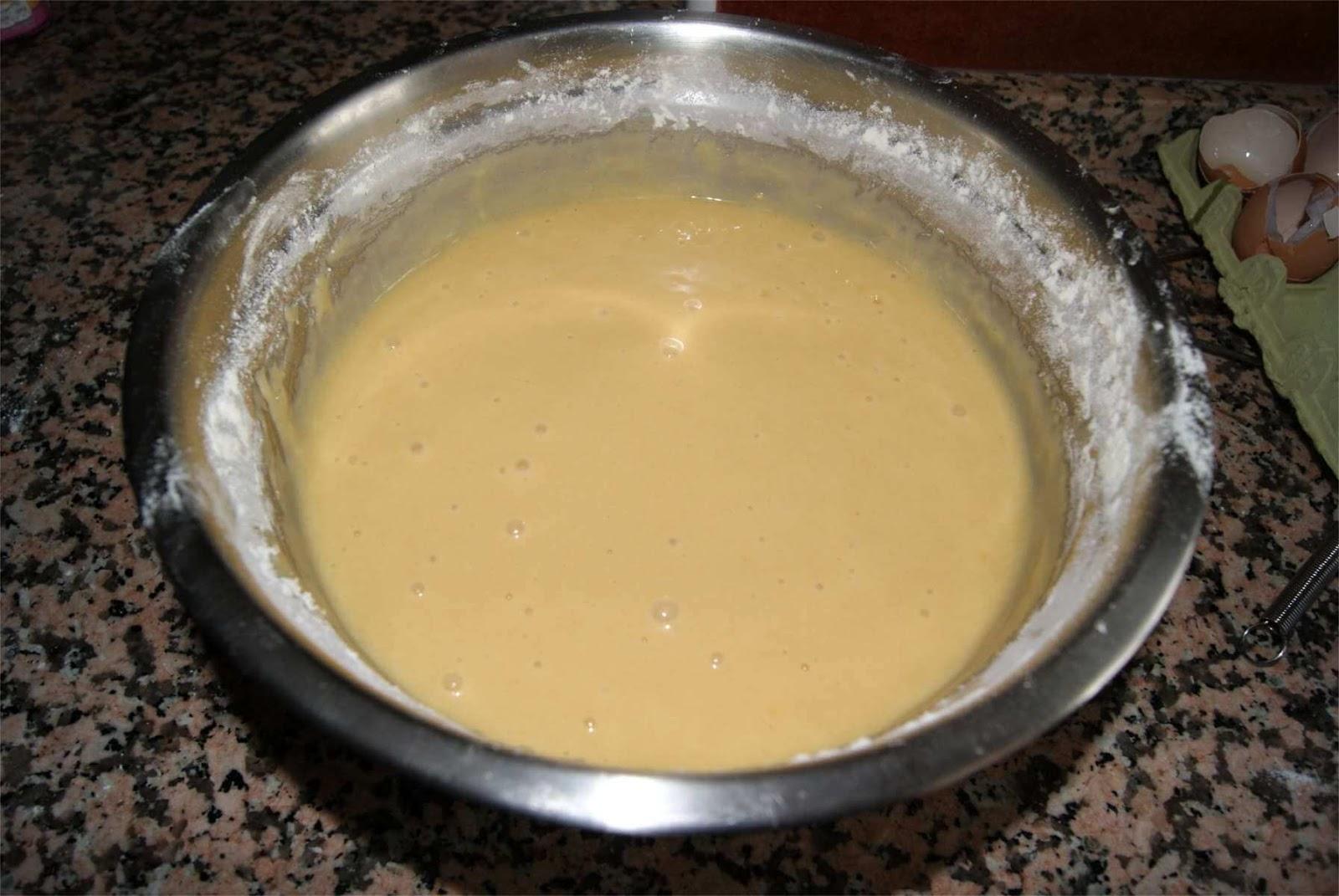 Receta de bizcocho de yogur tradicional paso 2