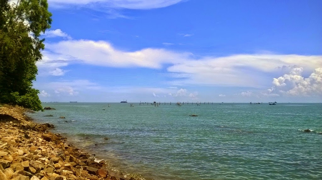 Vung Tau, a favorite beach of Southern people 18