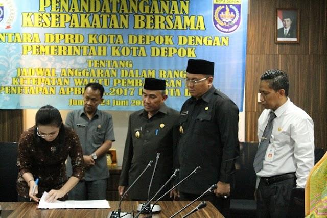 DPRD dan Pemkot Depok Tandatangani MoU Jadwal Anggaran