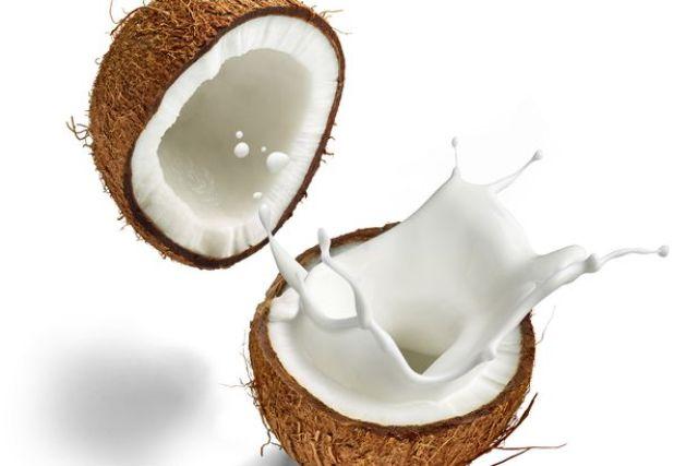 santan kelapa untuk rambut kering